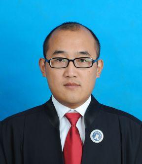 title='周长征律师'
