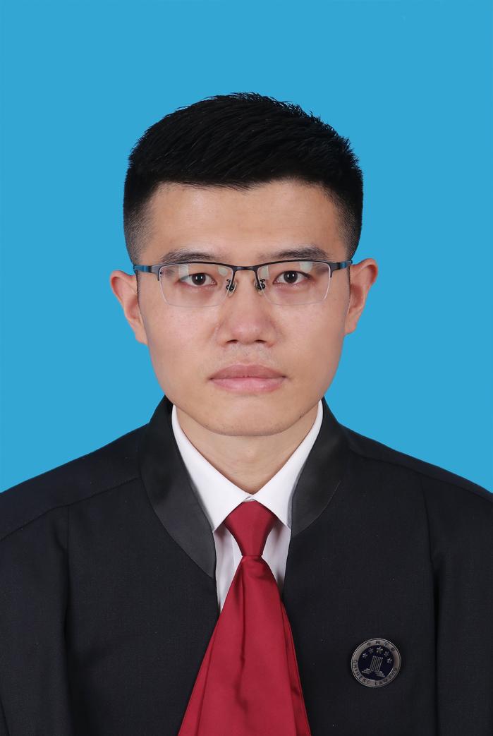 title='侯坤律师'